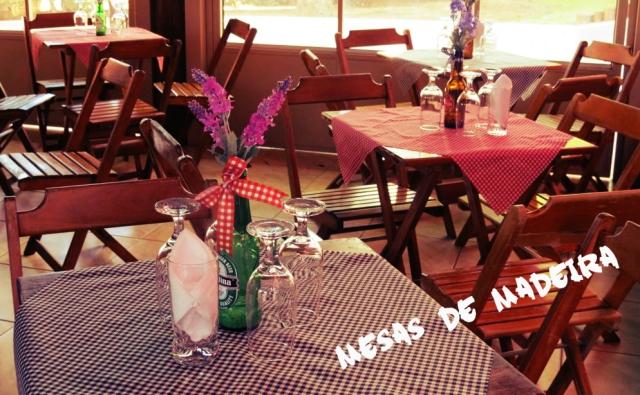 Decoração boteco mesas