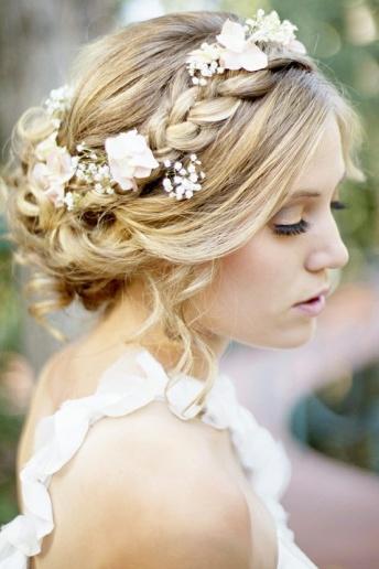 noiva cabelo tranças flores